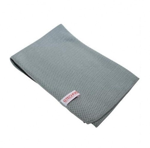 Gtechniq-MF4-Diamond-Sandwich-Microfibre-Drying-Towel-60-x-60-cm_1566_1_lw_2655.jpg